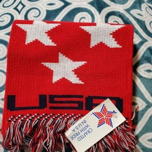 Knitmakers USA scarf
